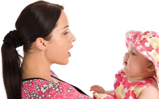 مراحل زبان باز کردن کودک